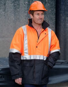Mens high visibility jacket, polyamide shell quilt lining. 3M reflective tapes.