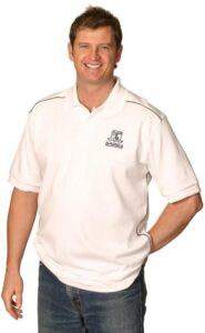 Men's pure cotton Contrast piping short sleeve polo. One button placket.
