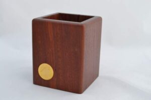 Desk Caddy with Coin