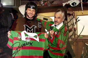 Russell Crowe and Burt Reynolds wearing Rabbitohs NRL Jersey